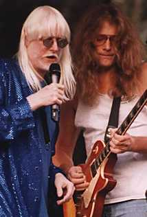 Edgar Winter & Lead Guitarist, Nikon FG Sigma 70-300 3.5-5.6 @ 300mm f5.6, Kodak Royal Gold 1000